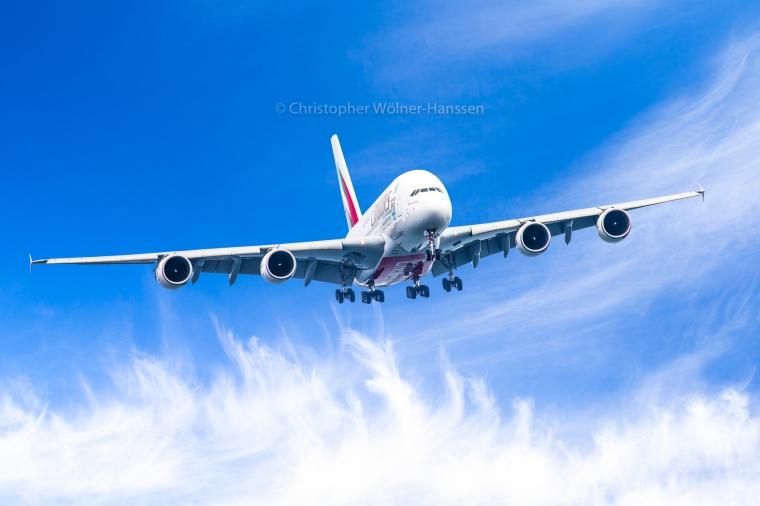 Emirates A380-5122